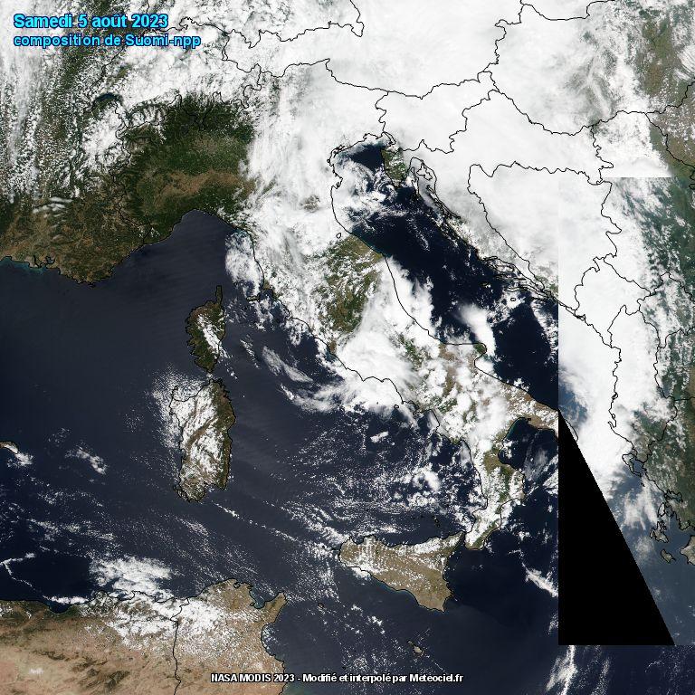 L'Italia dal satellite polare Suomi